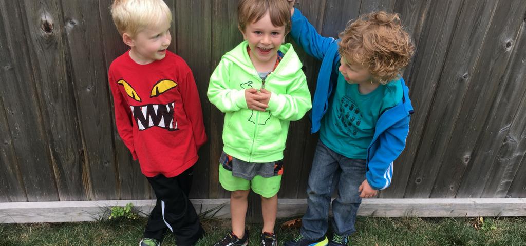 tre barn på rad